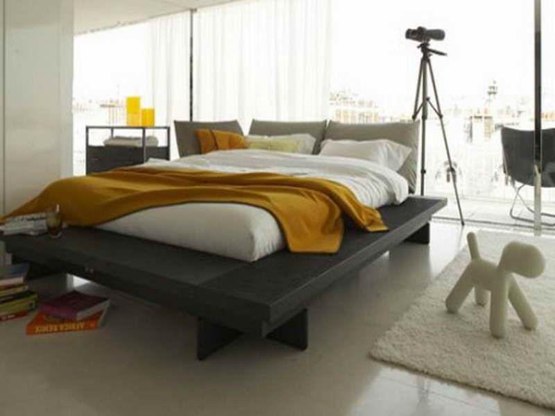 How To Make Diy Platform Wood Bed Frames With White Carpet