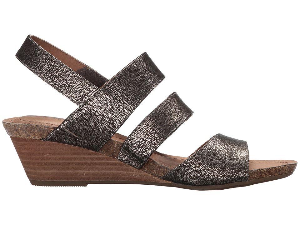 85d78f98c253 Me Too Tora Women s Wedge Shoes Champagne Goat Metallic Keen Shoes