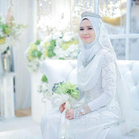 Wedding Nikah Simple Backdrop Decoration Muslim: Kebaya Pengantin Muslim 2