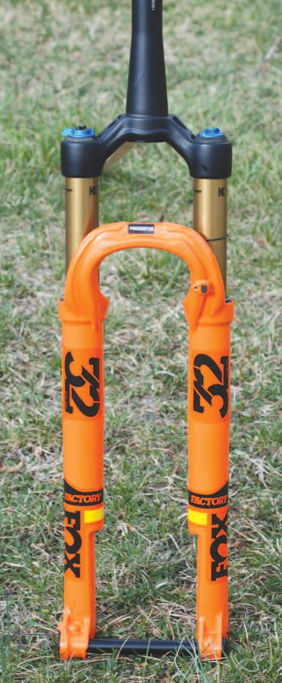 Review FOX 32 StepCast fork All mountain bike