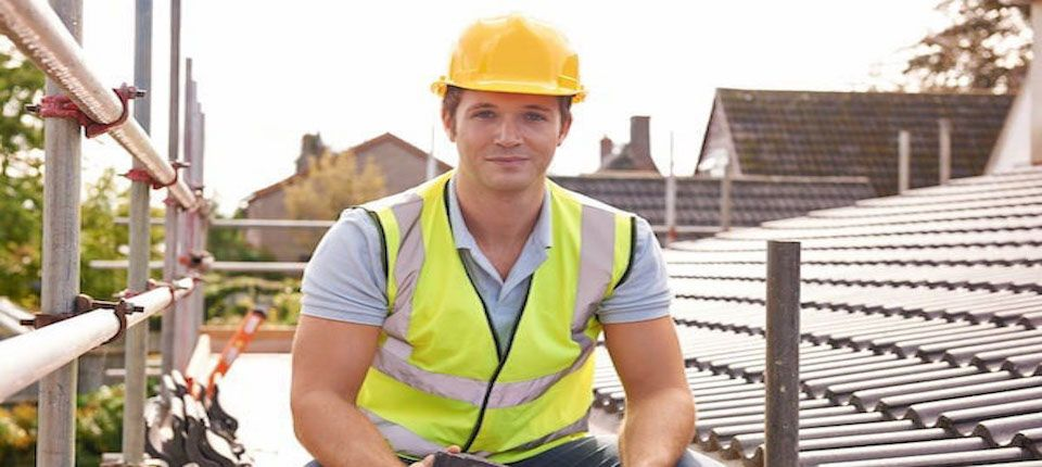Professional Roofing Contractors In Glasgow And Lanarkshire Roofers Glasgow Free Inspection Qualified Roof Re Roof Coating Roof Repair Roof Installation
