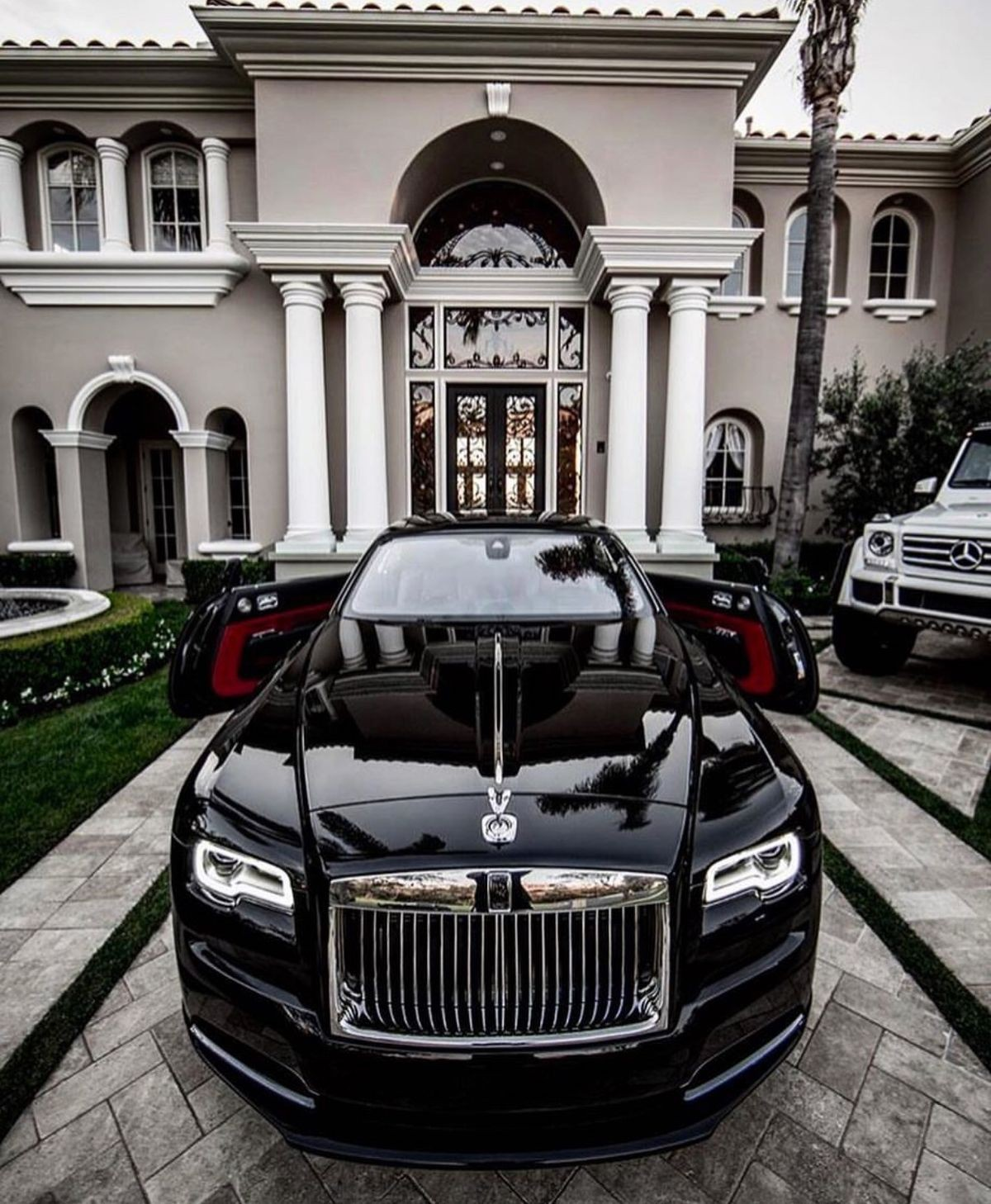 выглядел фото машин для богатых компании-производители предлагают разнообразные