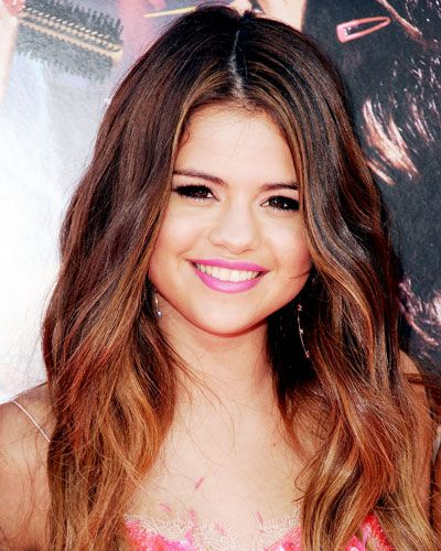 Amp Up Your Color Selena Gomez Hair Selena Gomez Hair Color Celebrity Hair Colors