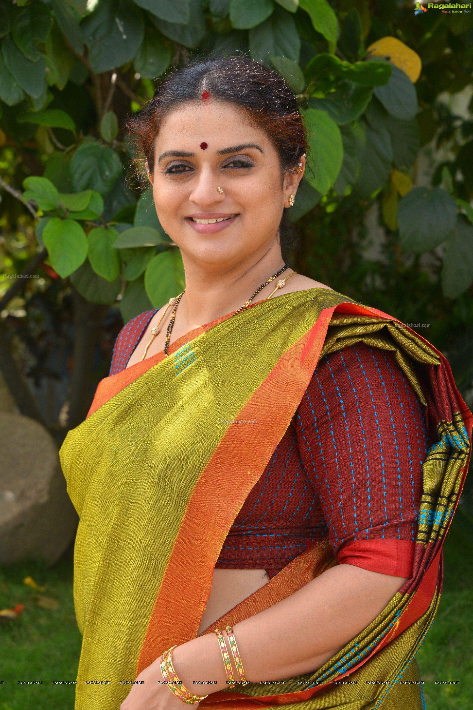 Pavitra Lokesh Hd Image 13 Beautiful Tollywood Actress Photos Telugu Movie Actress Photos Telugu Pho Actresses Most Beautiful Indian Actress South Actress