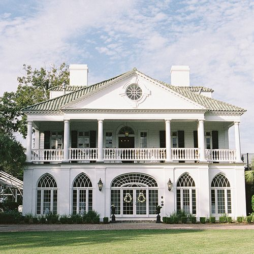Lowndes Grove, circa 1786 Charleston, SC. I'm going to live in a gorgeous, historic house like this one day. It's amazing