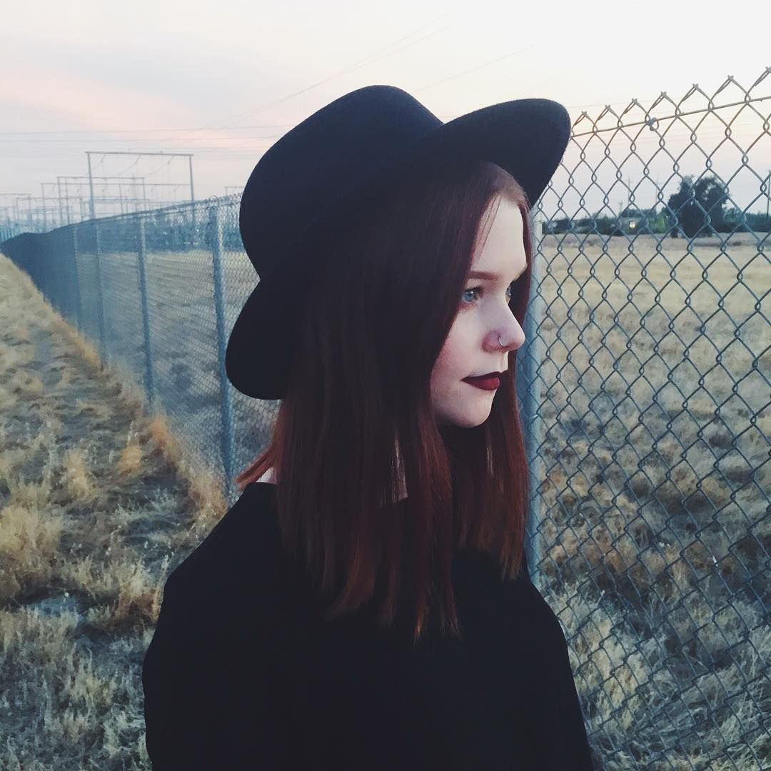 Sarah Hawkinson (@sarahhawkinson) • Instagram photos and videos