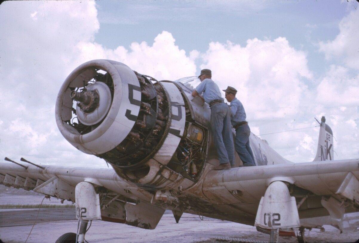 A-1 Skyraider」おしゃれまとめの人気アイデア|Pinterest|Sebastián ...