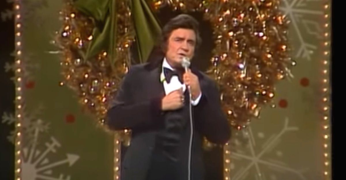 Watch As Johnny Cash Performs A Jolly Version Of A Bluegrass Classic Johnny Cash Christmas Music Christmas Time