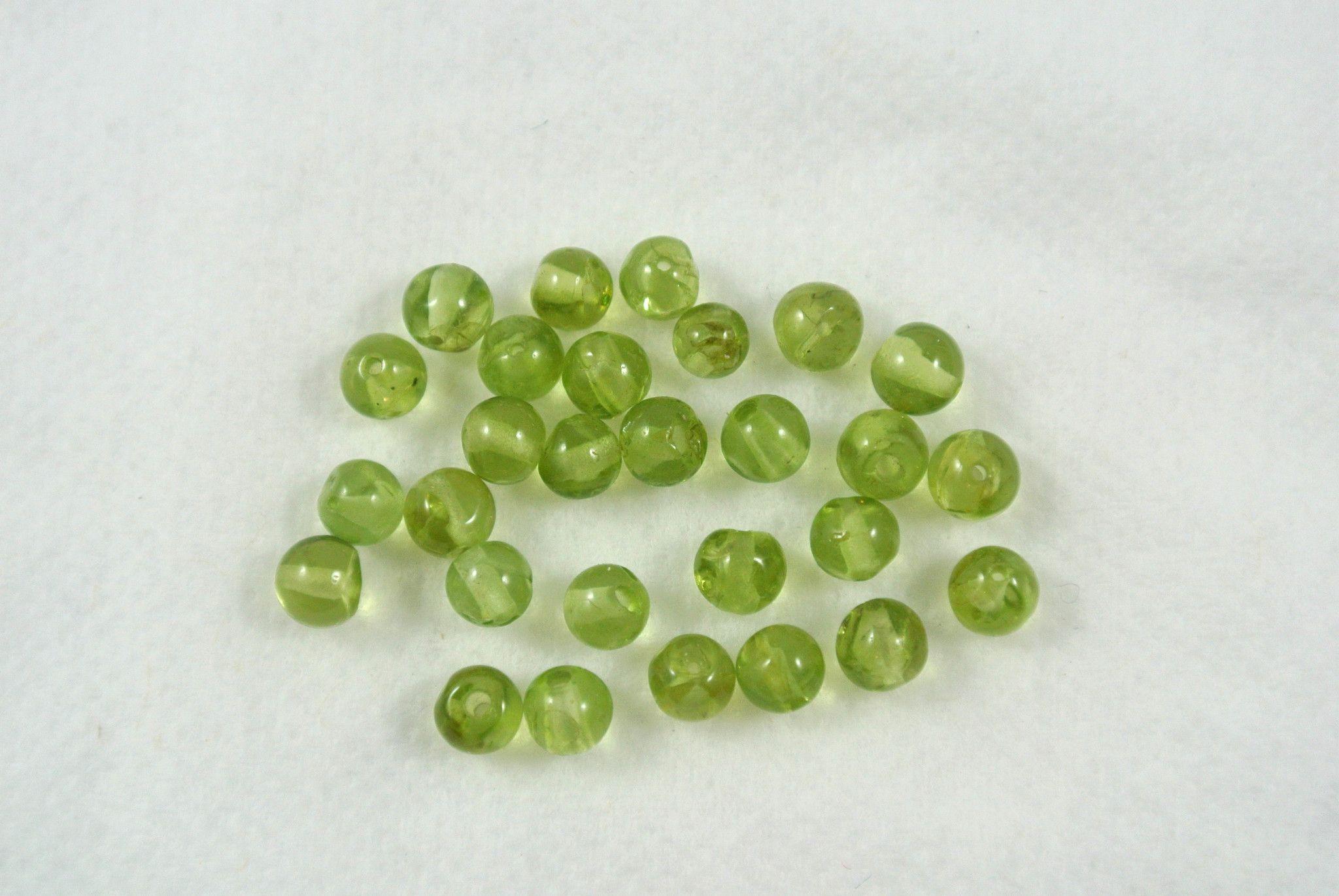 Peridot Round 3-3.5mm 28 Beads