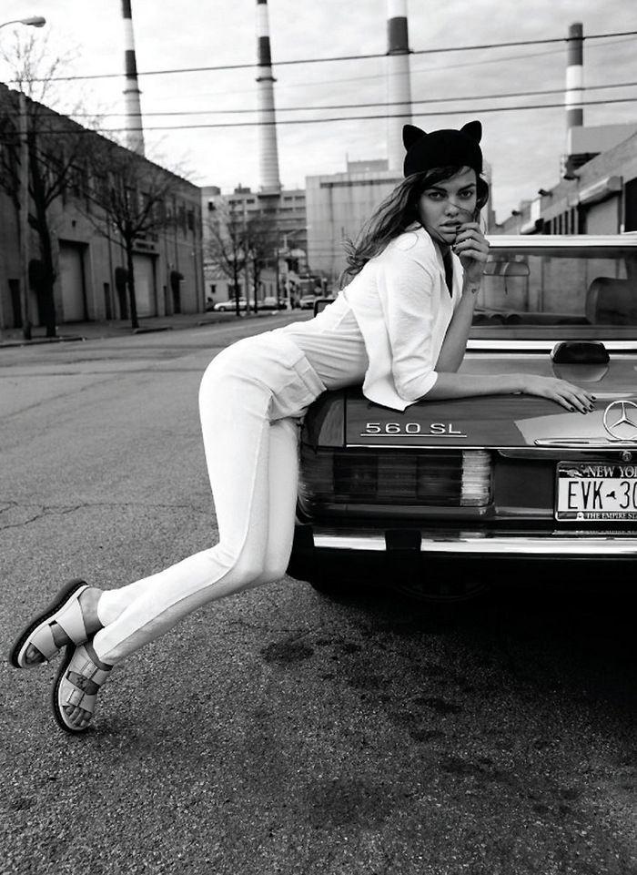 Pin Von Ada Cybulska Auf The White Album Modestil Birkenstock Sandalen Mode