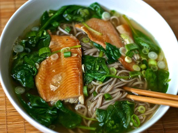 soba soup with spinach and smoked trout