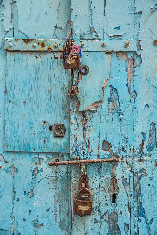 Paulina Arcklin Photography + Styling | MOROCCON COLORS + SURFACES – TURQUOISE & BLUE