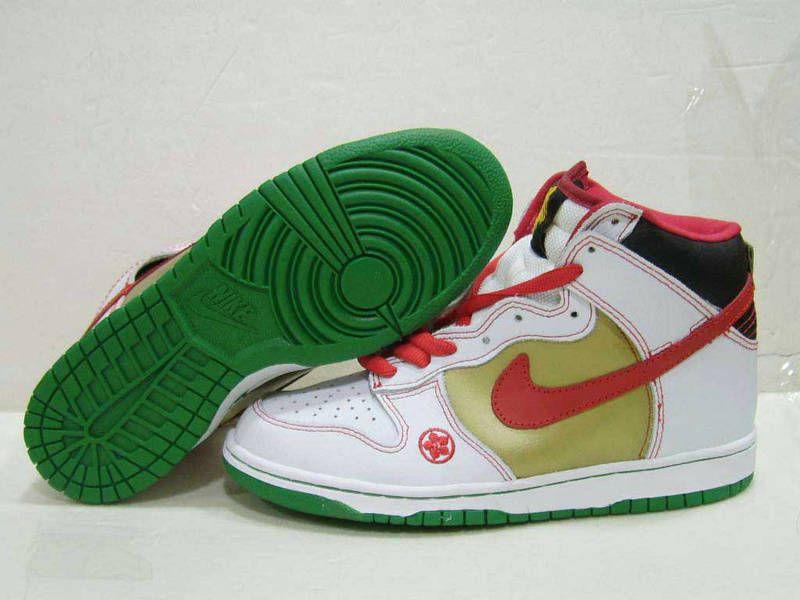 online store be073 e434a Nike Dunk High Pro SB Money Cat Maneki Neko White Chile Red ...