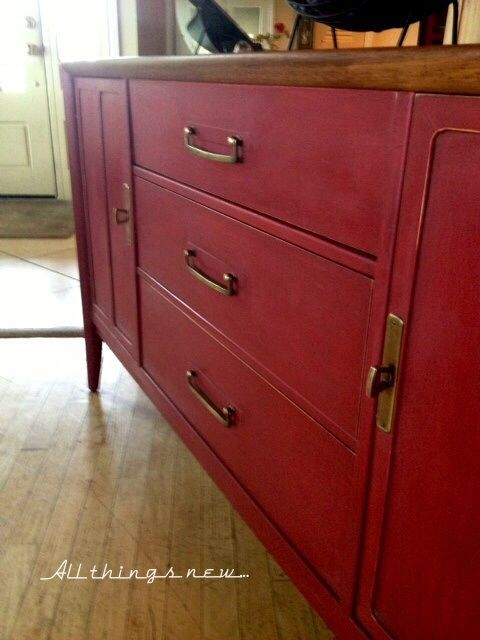 Henredon Buffet Updated With Annie Sloan Chalk Paint In Glorious Primer Red All Things New Red Painted Furniture Annie Sloan Colors Chalk Paint Furniture