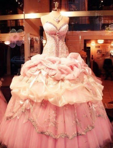 Gorgeous wedding dress #pink #princess #wedding #dress #wow