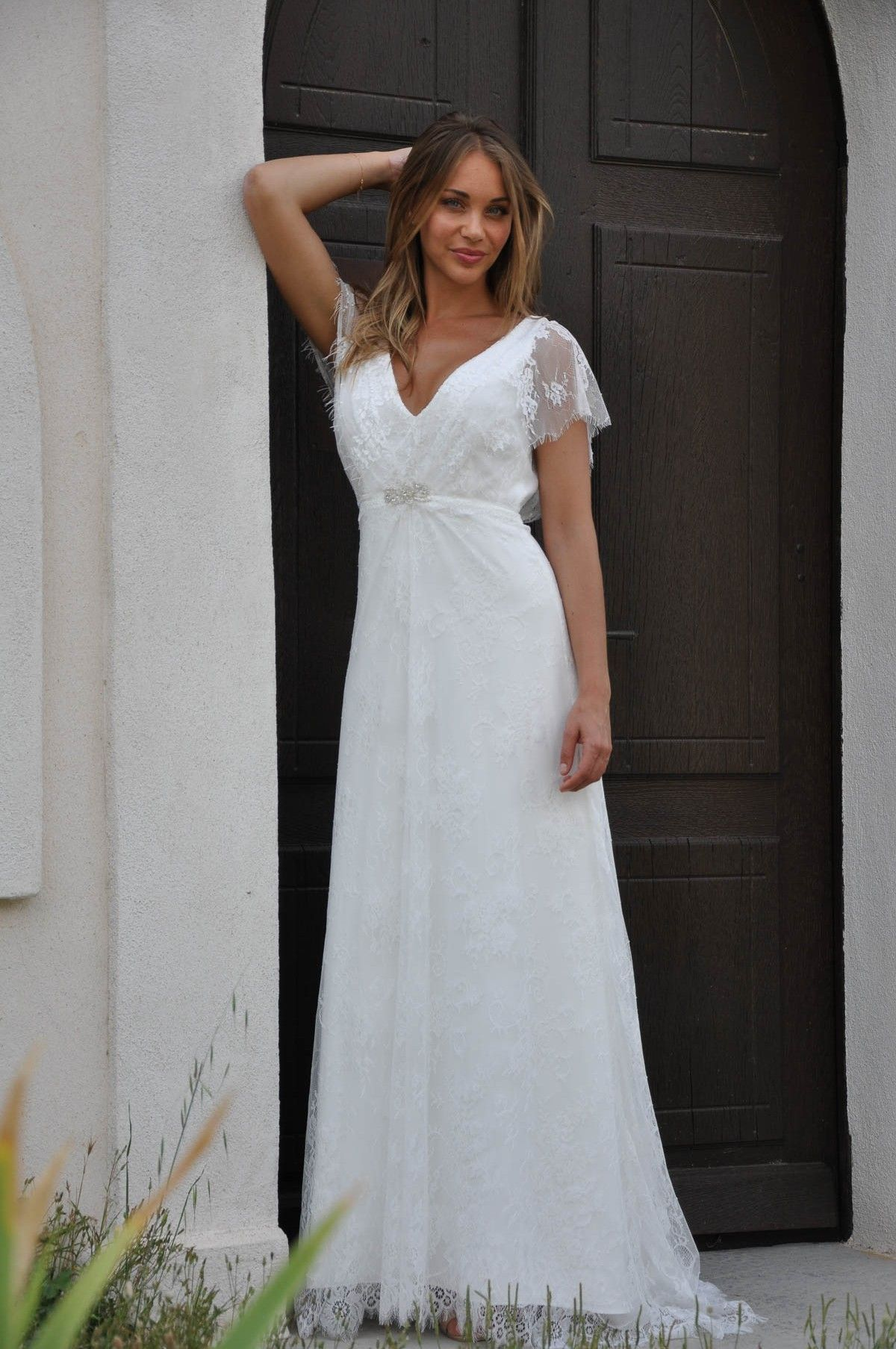 Les Mariees De Provence France Mélany Wedding Story Robe De Mariee Robe Mariee Boheme Robe De Mariée Taille Empire