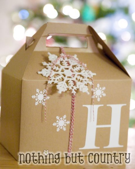 a cute way to package homemade treats! via @nothingbcountry