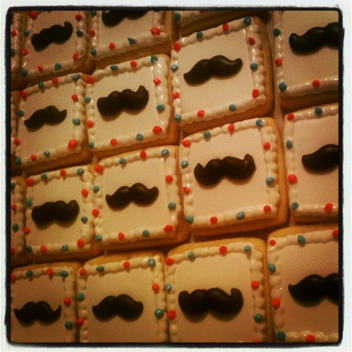 Mustash Cookies TheHotPinkBox