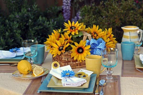 Sunflower Table Setting...could be used for fall too ...