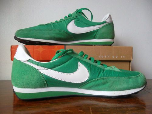 Vtg Retro RARE African Nigerian Green Nike Elite Waffle