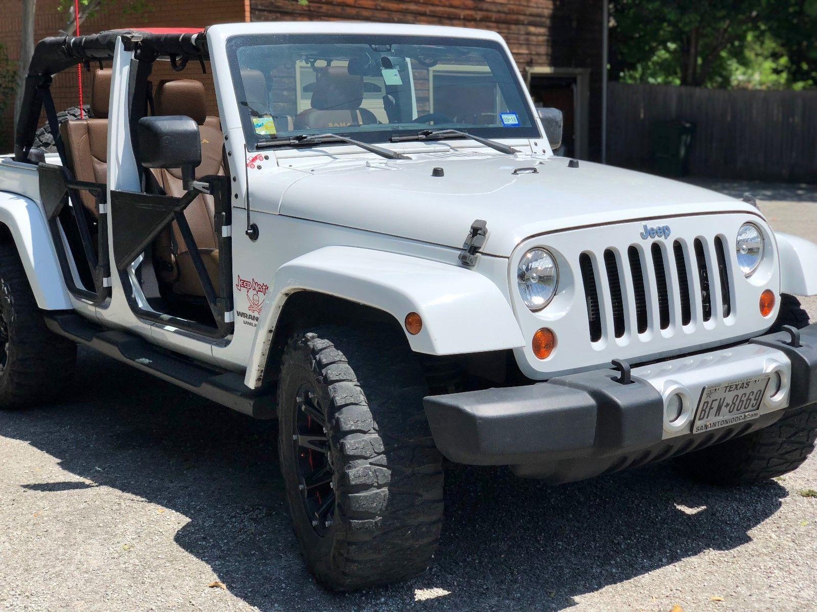 2013 Jeep Wrangler Sahara 2013 Jeep Wrangler Jeep Wrangler Sahara White Jeep Wrangler