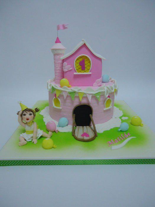 A pink castle! - Cake by Diletta Contaldo