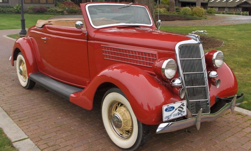 1935 Ford Roadster With A Rumble Seat Ford Classic Cars Classic
