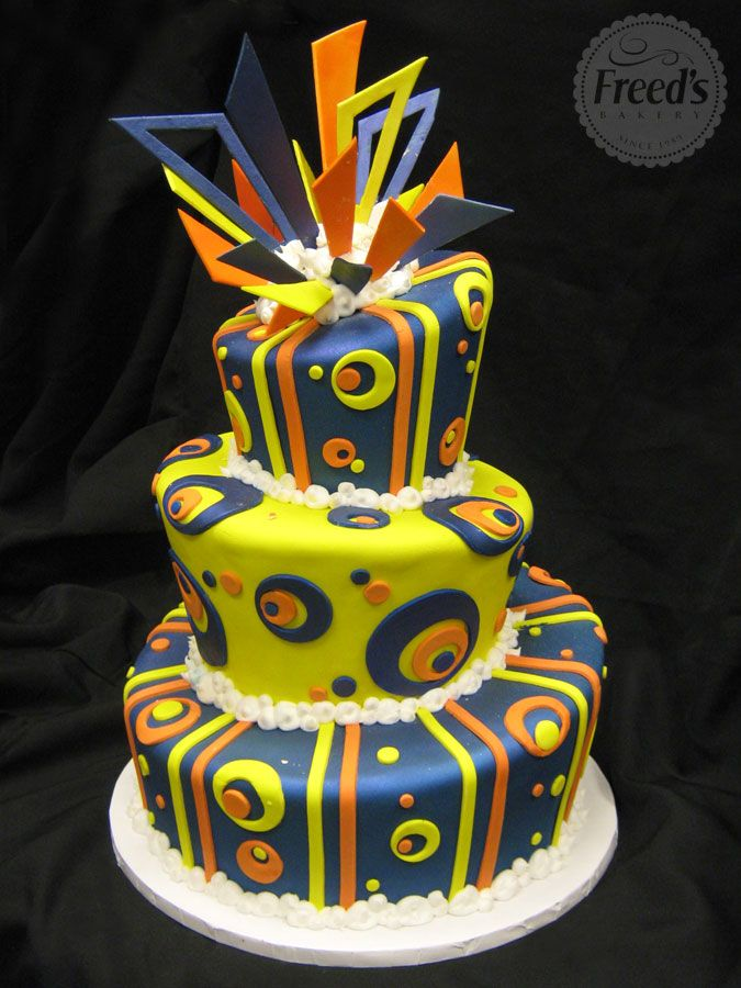 Unique Wedding Cakes Freeds Bakery Las Vegas retro Madhatter