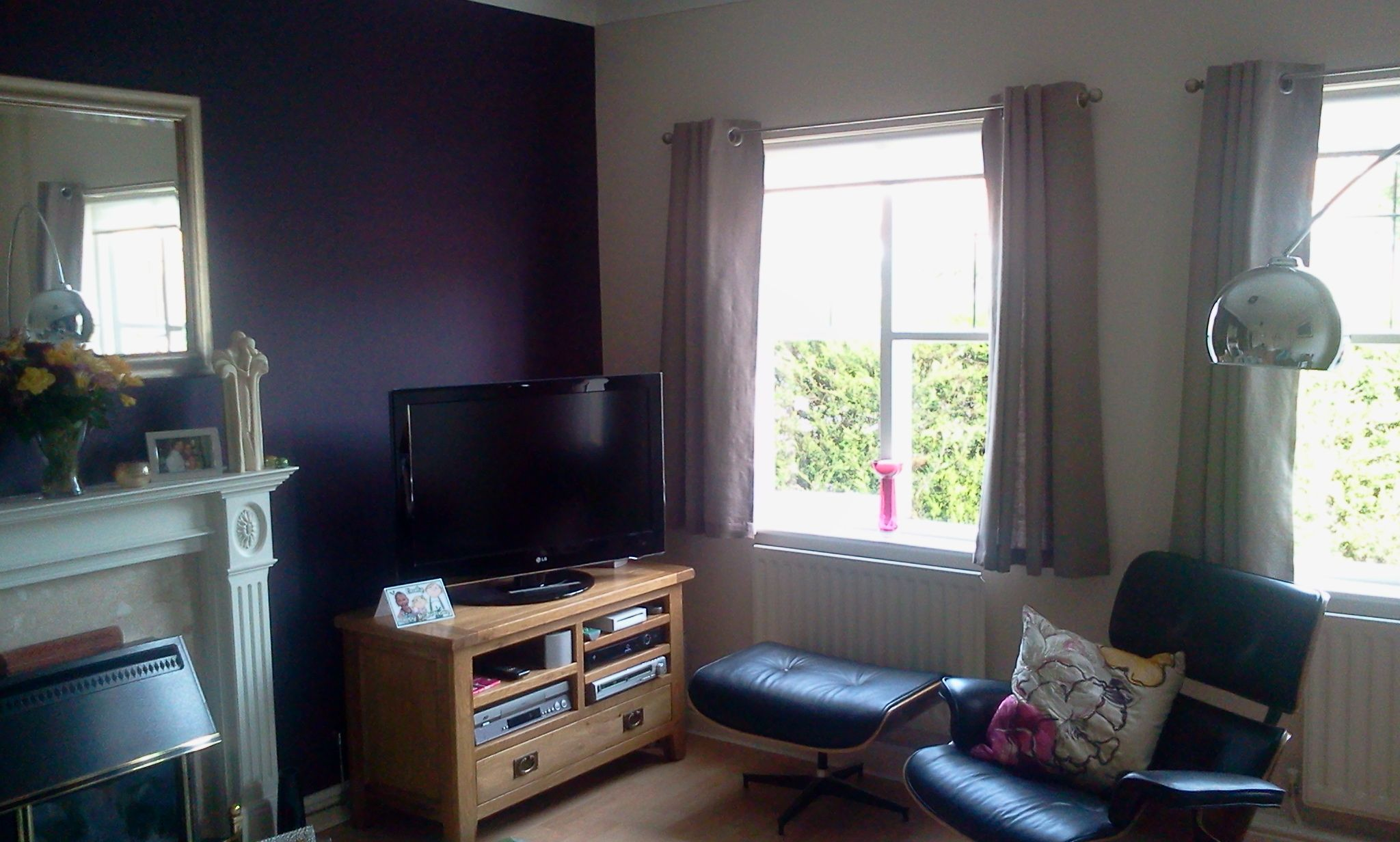 Beautiful Deep Purple Feature Wall Colour Part 95
