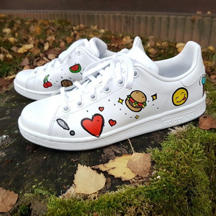 Some lovely Stan Smith hand painted very original ! en 2019