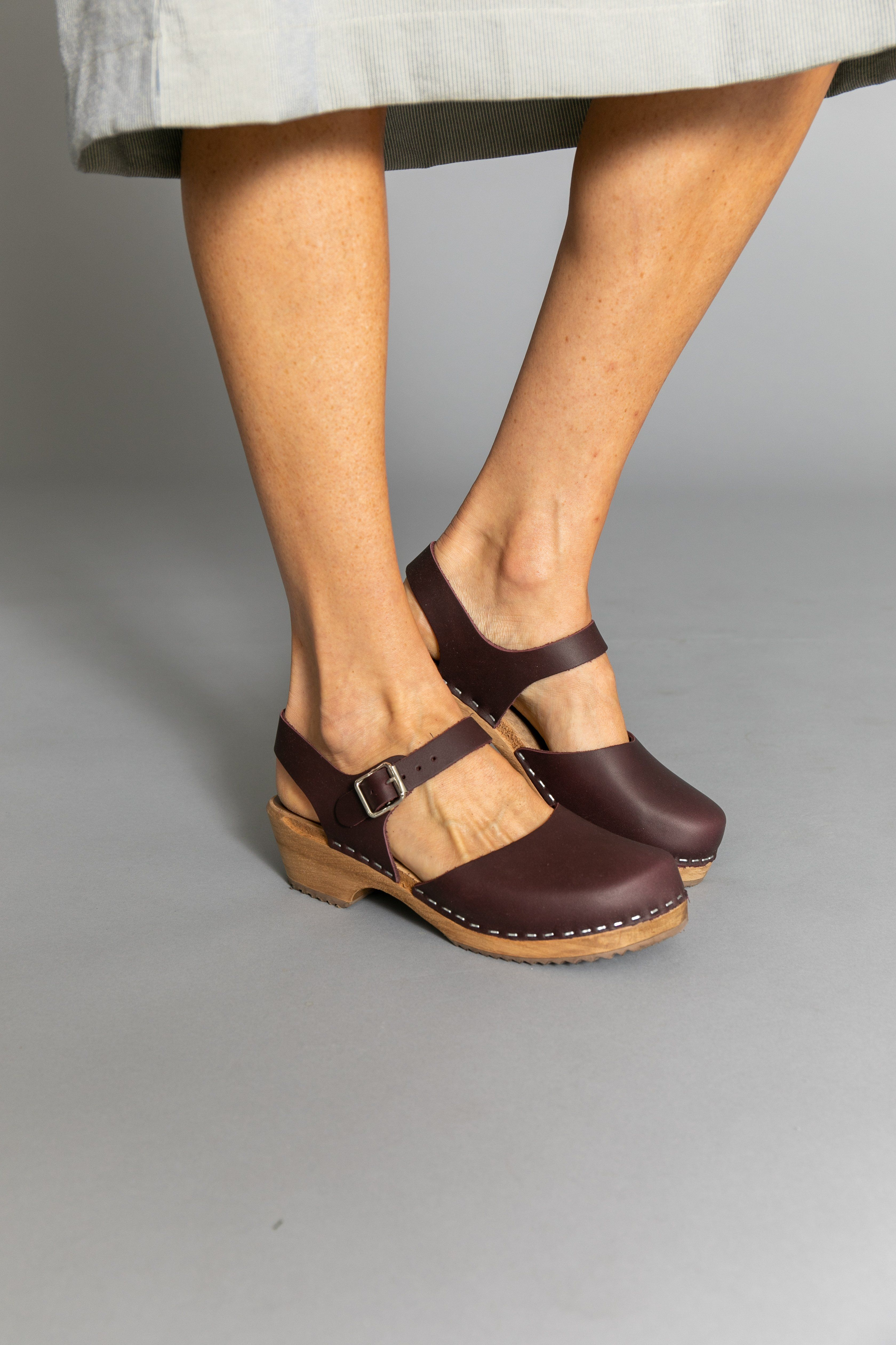 60dc18f377 Mia Sofia Clog Wine in 2019 | Outfits | Clogs, Shoes, Swedish clogs