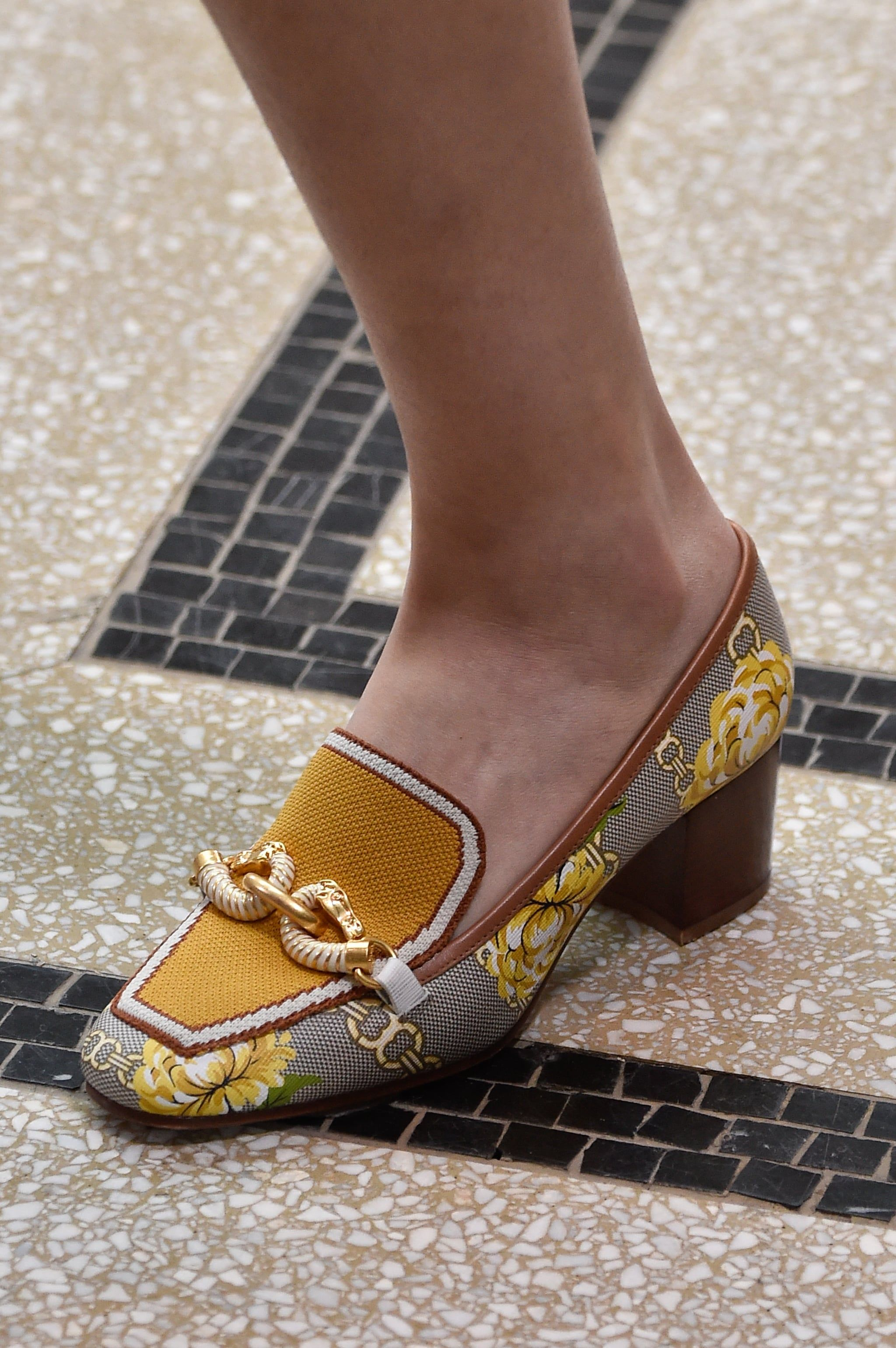 Spring Shoe Trends 2020 Luxe Loafers is part of Trending shoes, Loafers for women, Spring shoe trend, Spring shoes, Trending womens shoes, Fashion shoes - From sandals to heels and sneakers, feast your eyes on the most eyecatching shoes from the Spring 2020 runways