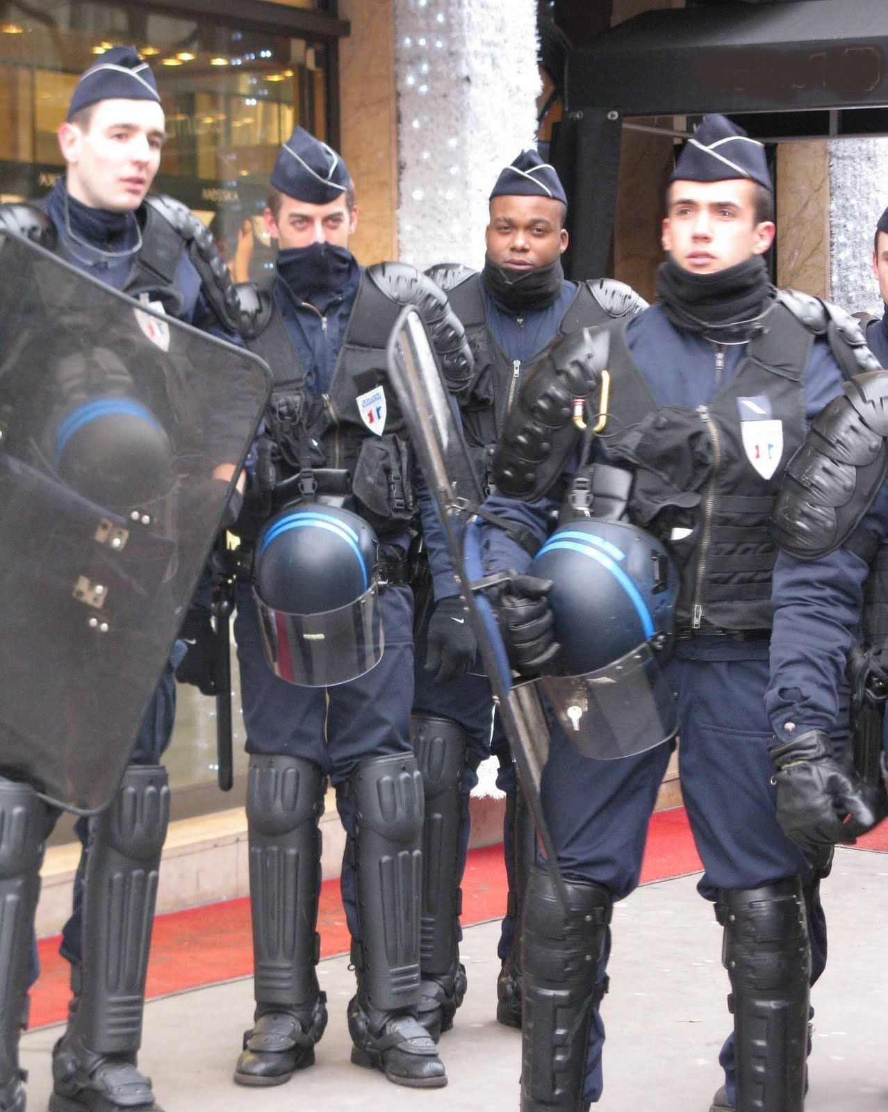 French riot Police Uniforms Riot police Police Men