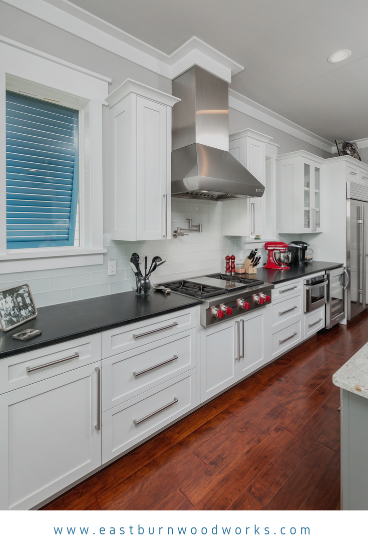 Best Shaker Style Kitchen With White Cabinetry And Brushed 640 x 480