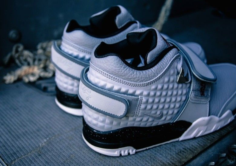 nike x trainers blue nike tennis shoes