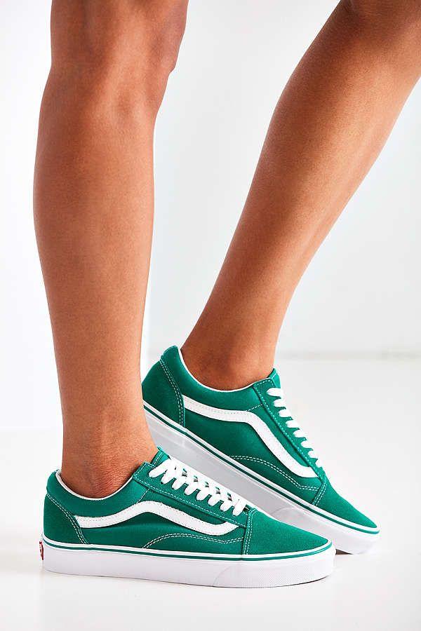 buy popular d3558 49c56 Green Vans // | Sniker | Vans suede, Vans shoes outfit und ...