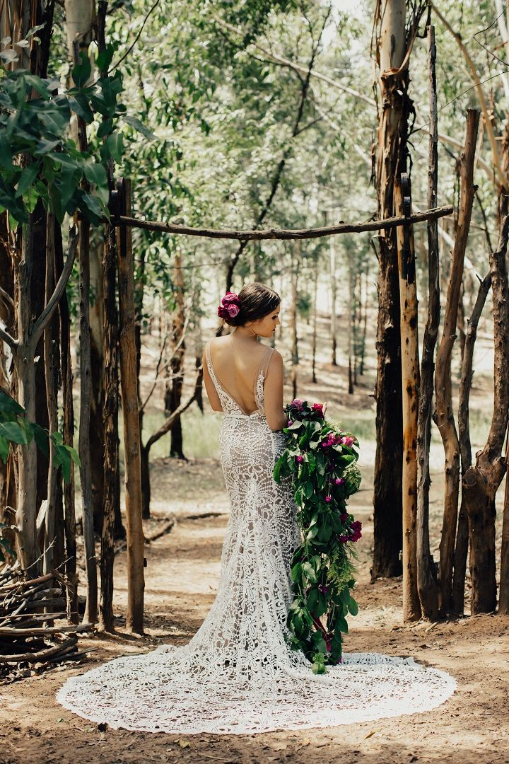 Gorgeous wedding dress for boho bride #bohoweddinggown #bohobride #bohemianweddingdress #bohemian #weddinggown #weddingdresses