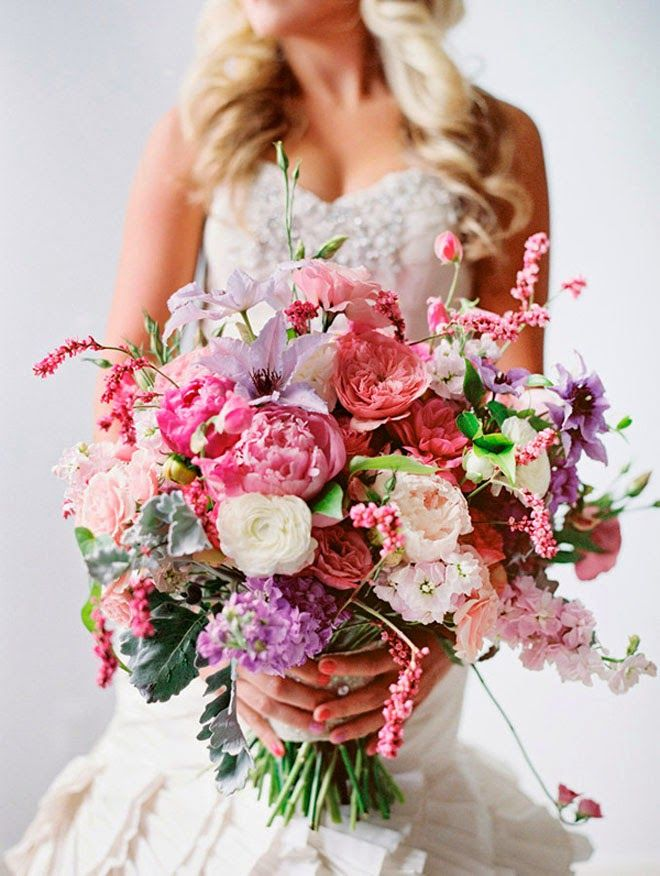 12 Stunning Wedding Bouquets – 28th Edition