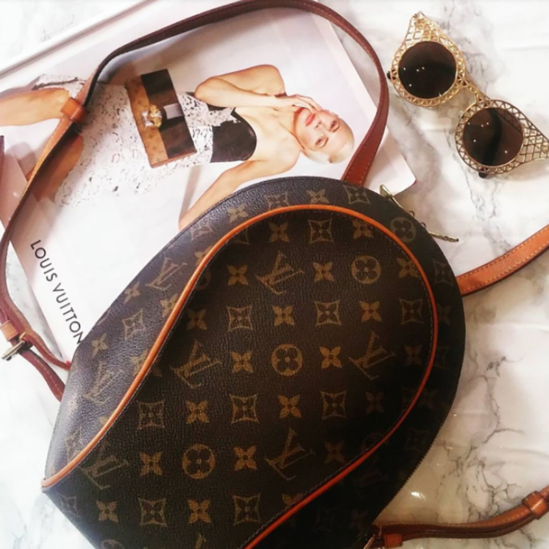 Our Louis Vuitton Ellipse Backpack Is Both Luxurious And Practical Priced At Only 485 Alexa Chung Cara Delevi Louis Vuitton Pre Owned Louis Vuitton Louis