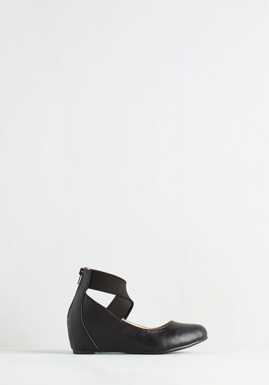 Limitless Loveliness Wedge in Black. Theres no end to the elegance that awaits in these black shoes! #black #modcloth