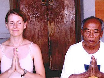 Liz Gilbert and Ketut Liyer...so cool to see this picture after reading the book!