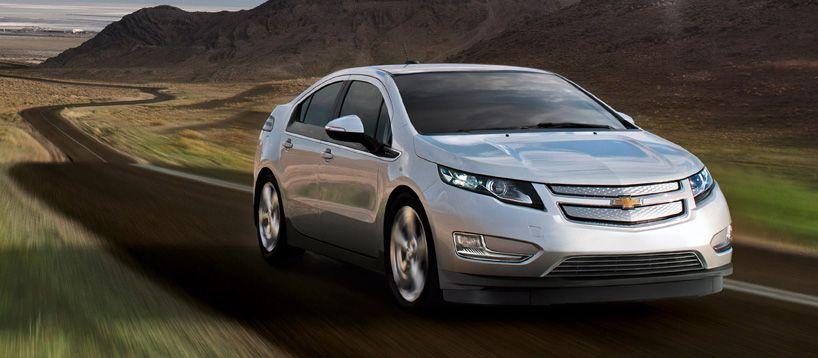 2016 Chevrolet Volt Electric Car Averages 900 Miles Between Fill