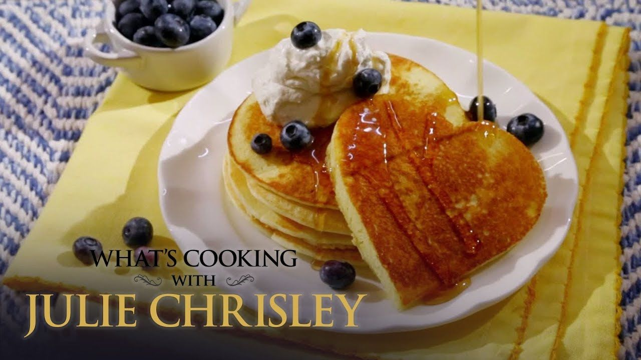 How to make lemon ricotta pancakes whats cooking with julie how to make lemon ricotta pancakes whats cooking with julie chrisley video cliplemon ccuart Image collections