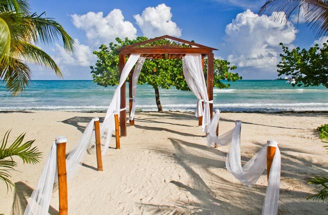 10 Gorgeous Places For A Destination Wedding