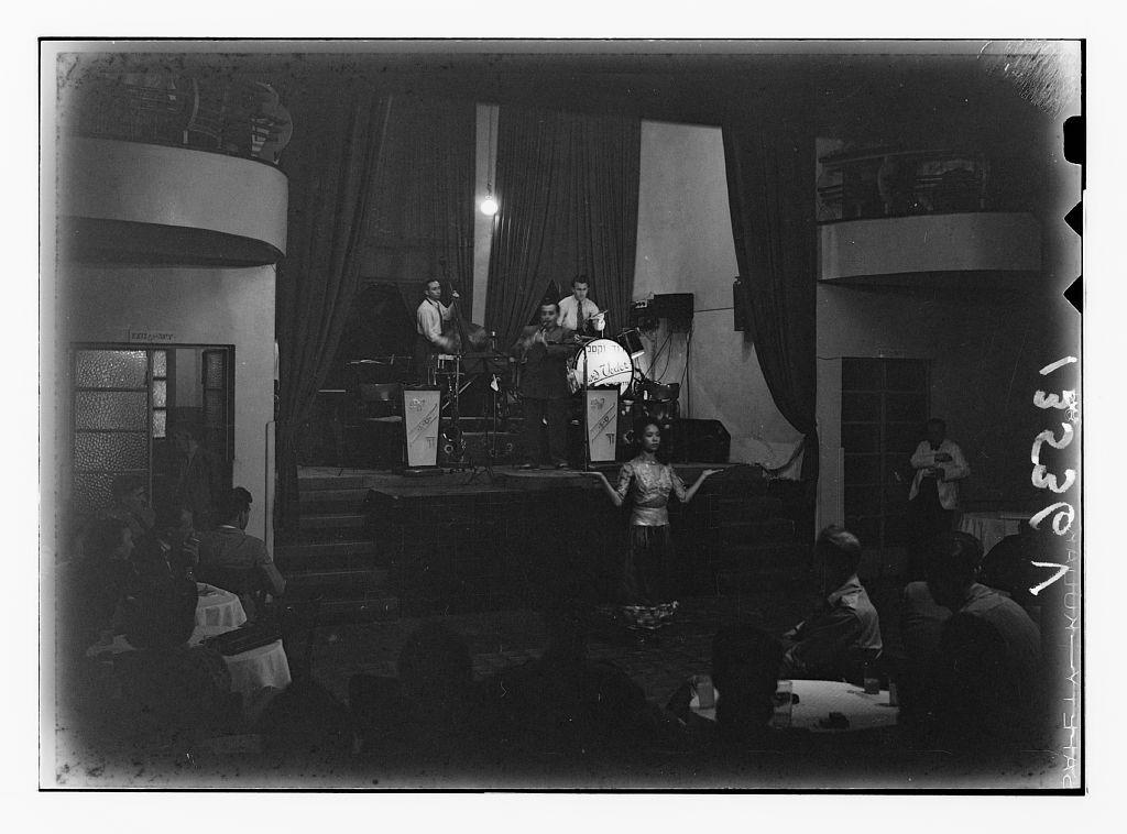 הופעה 1940-1946
