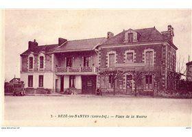 44 Rezé Les Nantes Place De La Mairie Carte Postale Ancienne   Carte postale, Cartes postales ...