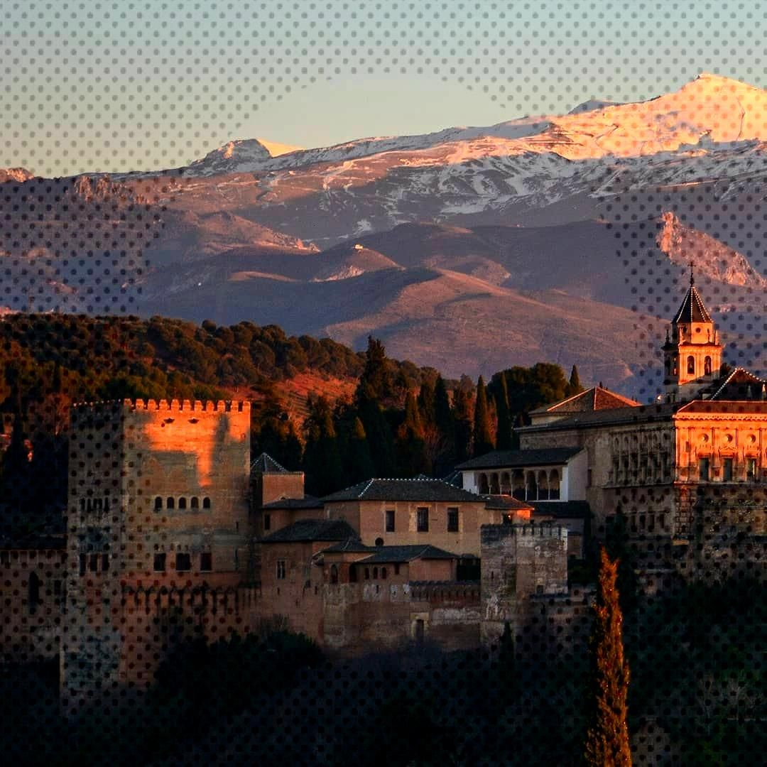 3/3 Granada, December 29, 2019 A classic view of the Alhambra in Granada. Just a few minutes befor
