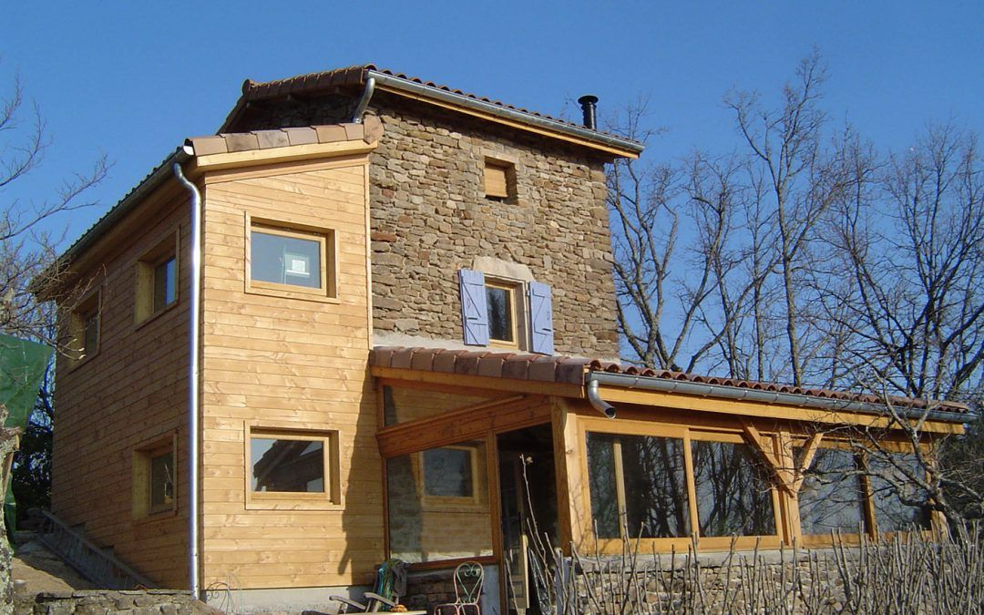 Tecknibois charpentier et constructeur de maisons ossature bois en