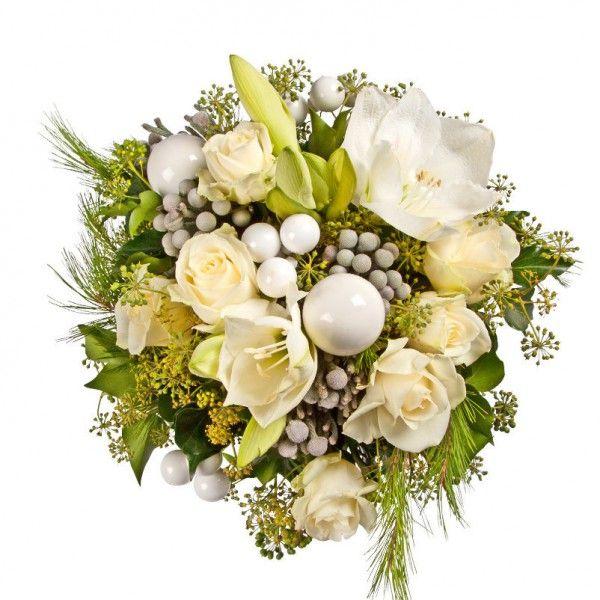 Pflanzen Kolle Weihnachtsstrauss Winterpracht Winterfreuden Fur Die Vase Exklusiver Floristik Strauss In Winterli Weihnachtsstrauss Weihnachtsblumen Blumen