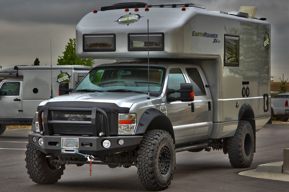 Earthroamer XV-LT Ford 550 | Expedition RV | Rv truck, Truck